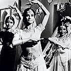 Claudine Auger in Il mistero del tempio indiano (1963)