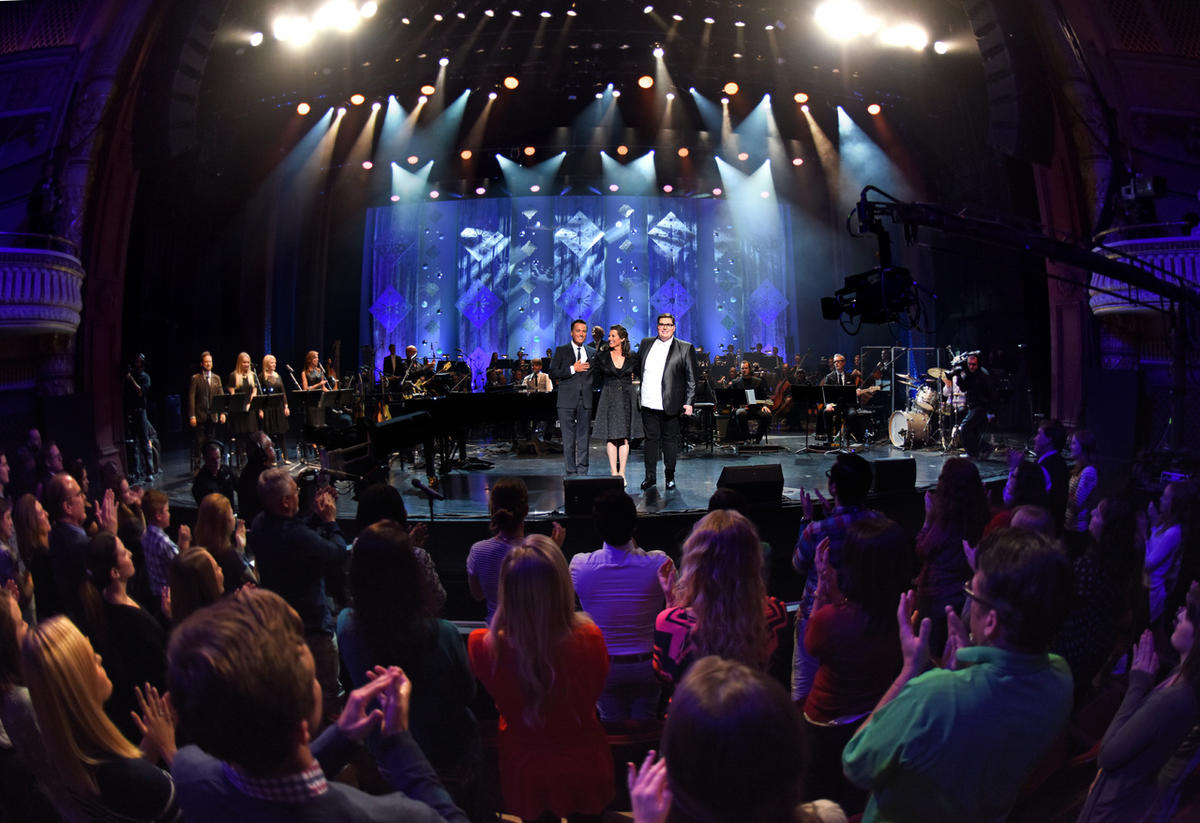 Amy Grant & Michael W. Smith with Jordan Smith: Christmas Under the ...