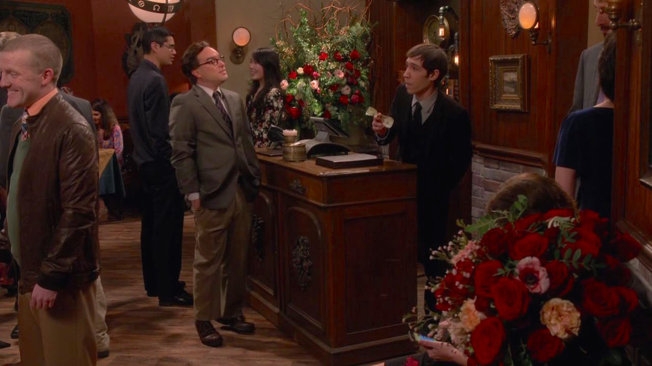 Johnny Galecki and Creagen Dow in The Big Bang Theory (2007)