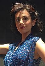 Marjan Neshat's primary photo