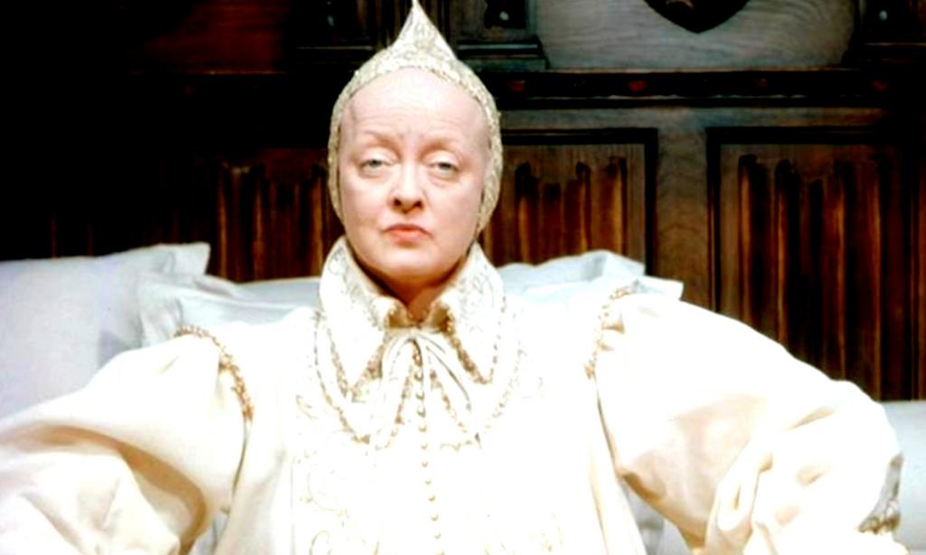 Bette Davis in The Virgin Queen (1955)