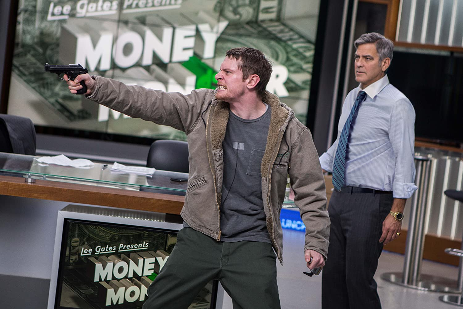 George Clooney and Jack O'Connell in Money Monster (2016)