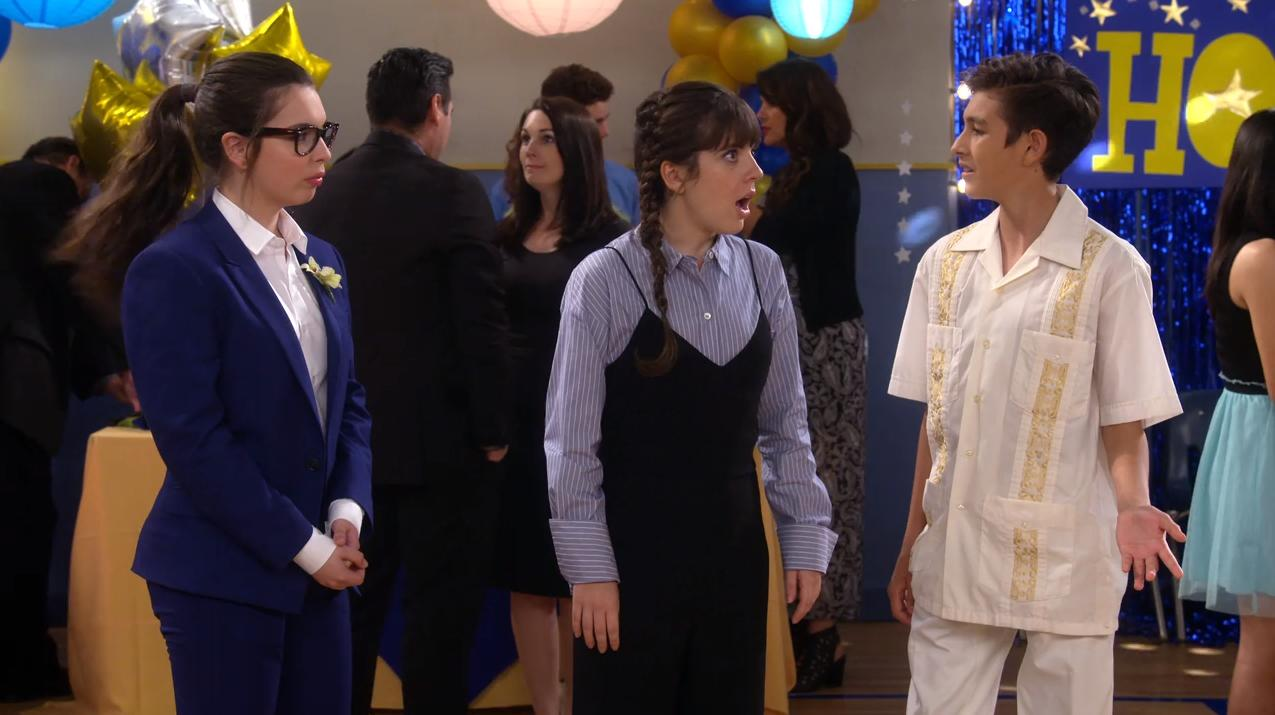 Isabella Gomez, Sheridan Pierce, and Marcel Ruiz in One Day at a Time (2017)