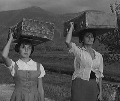 Sophia Loren and Eleonora Brown in La ciociara (1960)