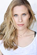 Alexandra Bayless