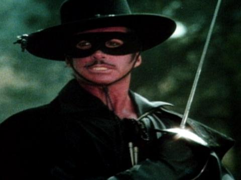 Zorro mezzo e mezzo download torrent
