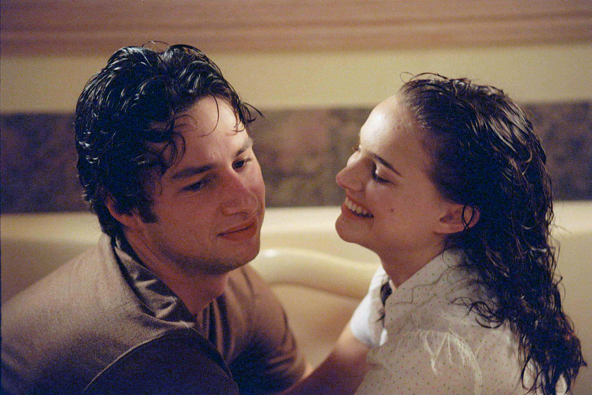Natalie Portman and Zach Braff in Garden State (2004)