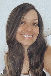 Isabel Mandujano Picture