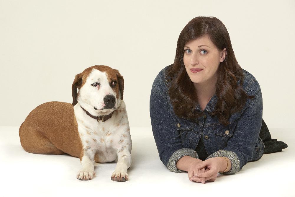 Allison Tolman and Ned the Dog in Downward Dog (2017)