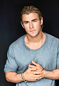 Primary photo for Chris Hemsworth