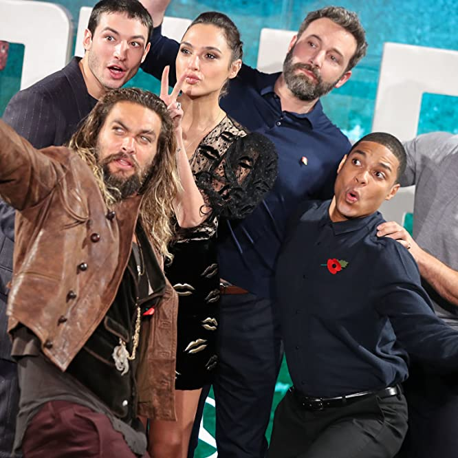 Ben Affleck, Henry Cavill, Jason Momoa, Gal Gadot, Ezra Miller, and Ray Fisher at an event for Justice League (2017)