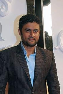 Manav Gohil Picture