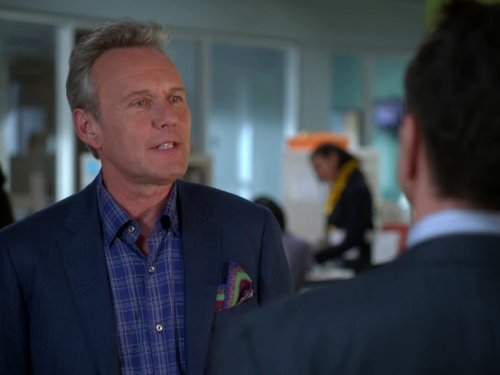 Anthony Head in Free Agents (2011)