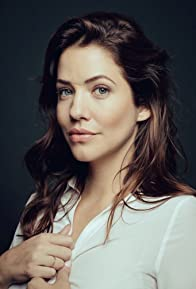 Primary photo for Julie Gonzalo