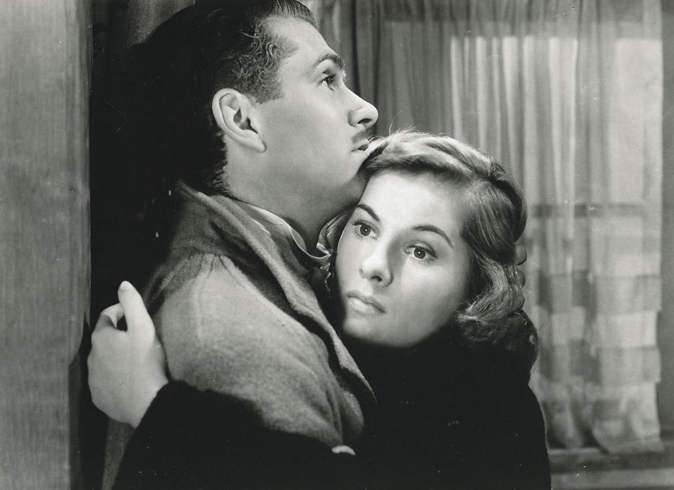 Alfred Hitchcock dating20 ja 17 vuotta vanha dating UK