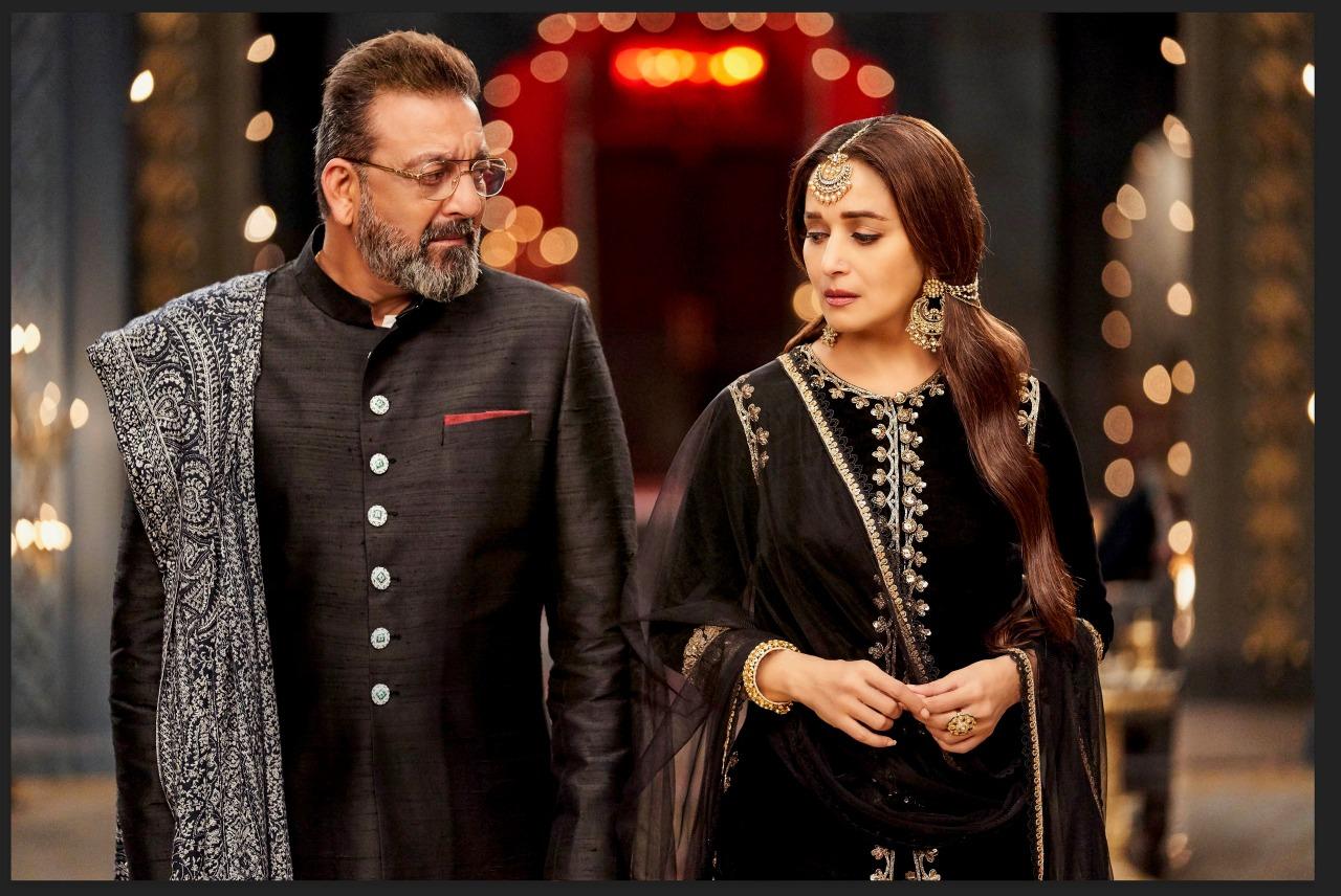 Madhuri Dixit and Sanjay Dutt in Kalank (2019)