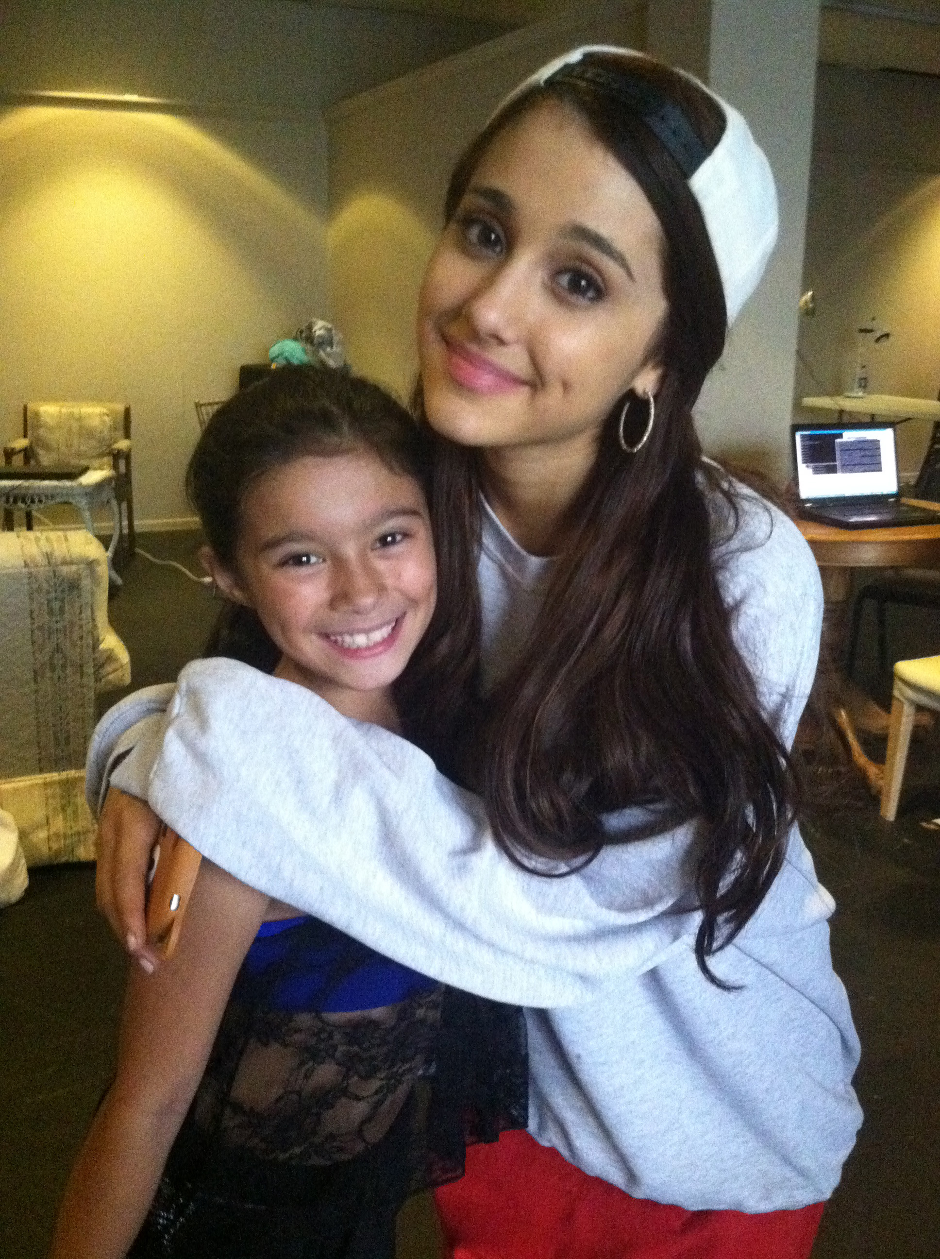 """Snow White Christmas"" 2012 with Ariana Grande"