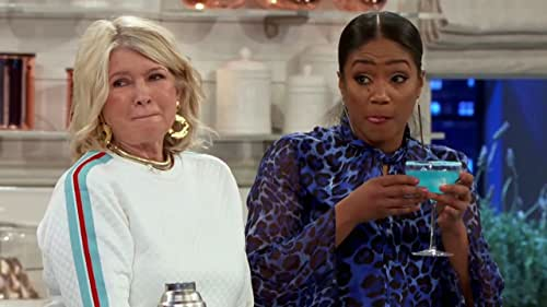 MARTHA & SNOOP'S POTLUCK DINNER PARTY: Tiffany Haddish Has An Odd Way Of Getting The Worms Out