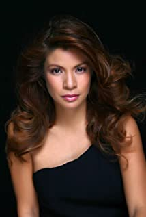 Pinky Amador Picture