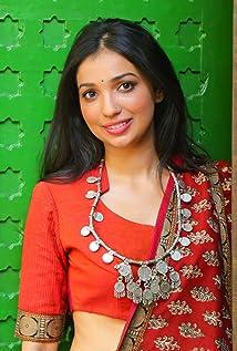 Kanika Dhillon Picture