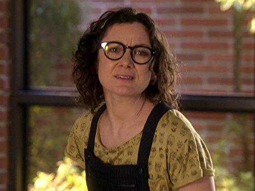 Sara Gilbert in Bad Teacher (2014)