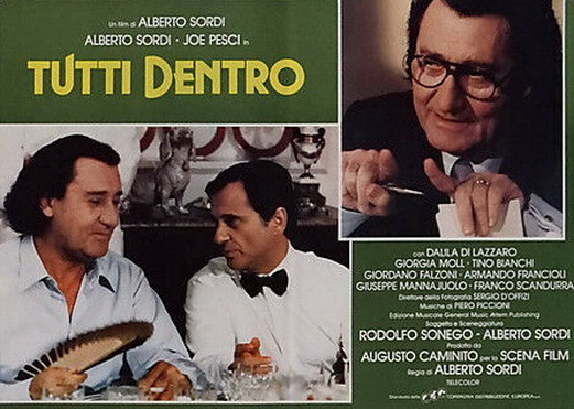 Joe Pesci and Alberto Sordi in Tutti dentro (1984)