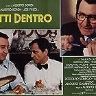Joe Pesci and Alberto Sordi in Tutti dentro (1984)