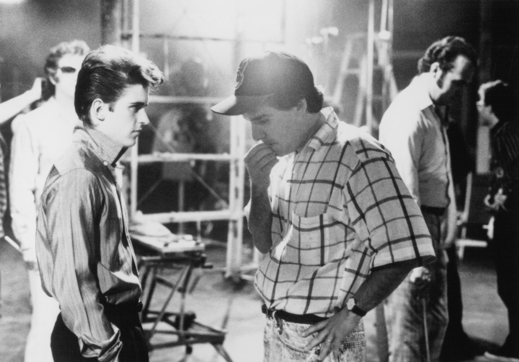 Chris Columbus and Charlie Schlatter in Heartbreak Hotel (1988)