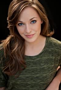 Primary photo for Laura Osnes