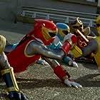 Pua Magasiva, Sally Martin, Glenn McMillan, Jorge Vargas, and Adam Tuominen in Power Rangers Ninja Storm (2003)