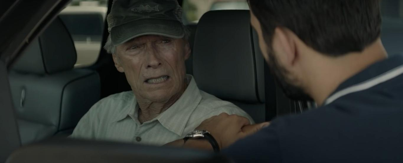 Clint Eastwood and Ignacio Serricchio in The Mule (2018)