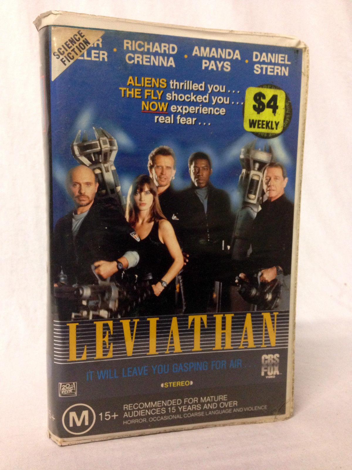 Peter Weller, Richard Crenna, Hector Elizondo, Ernie Hudson, and Amanda Pays in Leviathan (1989)