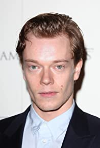 Primary photo for Alfie Allen