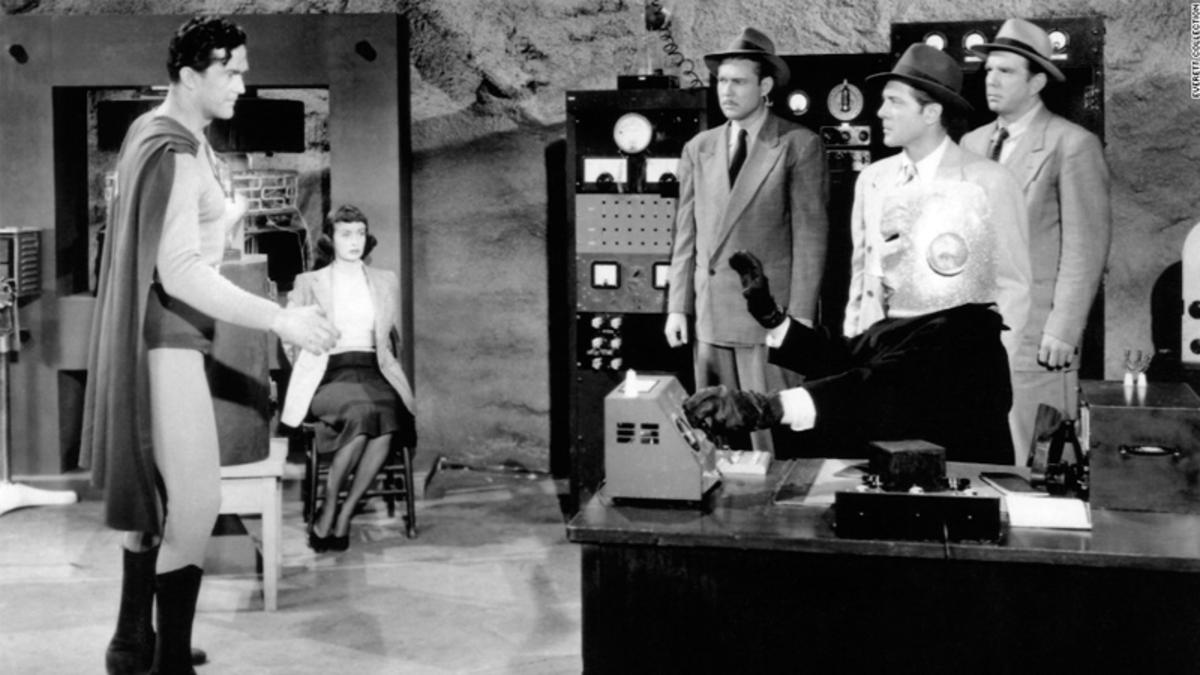 Kirk Alyn, Terry Frost, Don C. Harvey, Noel Neill, Lyle Talbot, and Rusty Wescoatt in Atom Man vs. Superman (1950)