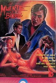 La muerte en bikini Poster