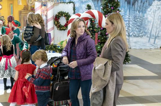 a dream of christmas tv movie 2016 photo gallery imdb - A Dream For Christmas