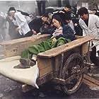 Moon So-ri and Kang-ho Song in Hyojadong ibalsa (2004)