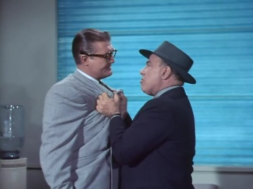George Reeves and Ben Welden in Adventures of Superman (1952)