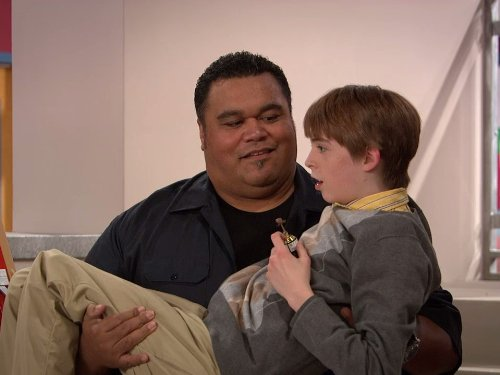 Peter Navy Tuiasosopo and Dylan Riley Snyder in Kickin' It (2011)