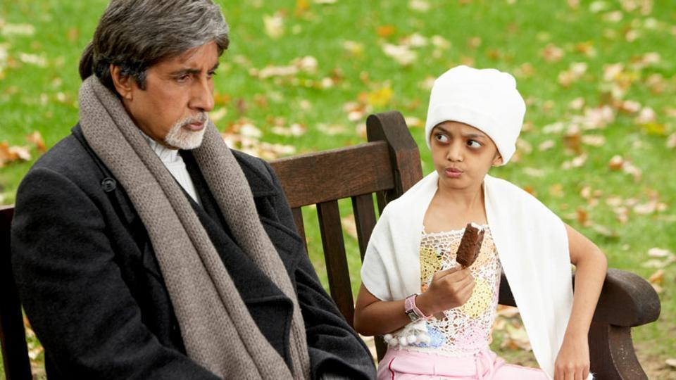 Amitabh Bachchan and Swini Khara in Cheeni Kum (2007)