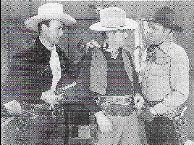 Jack Ingram, Dave O'Brien, and Tex Ritter in Enemy of the Law (1945)