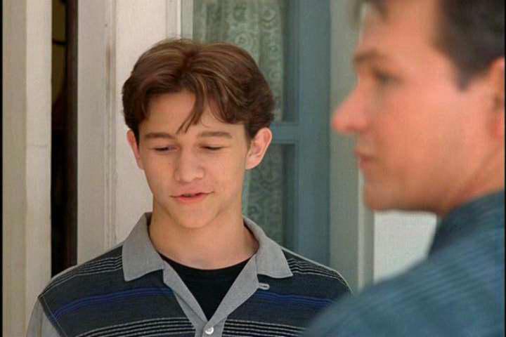Patrick Swayze and Joseph Gordon-Levitt in Forever Lulu (2000)