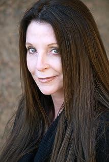 Molli Benson Picture