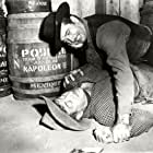Frank Faylen and John Payne in The Eagle and the Hawk (1950)