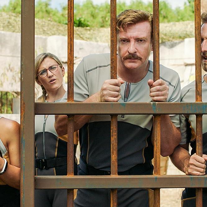 Rhys Darby, Zach Cregger, Ally Maki, and Jessica Lowe in Wrecked (2016)