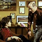 Alex D. Linz and Larry Miller in Max Keeble's Big Move (2001)