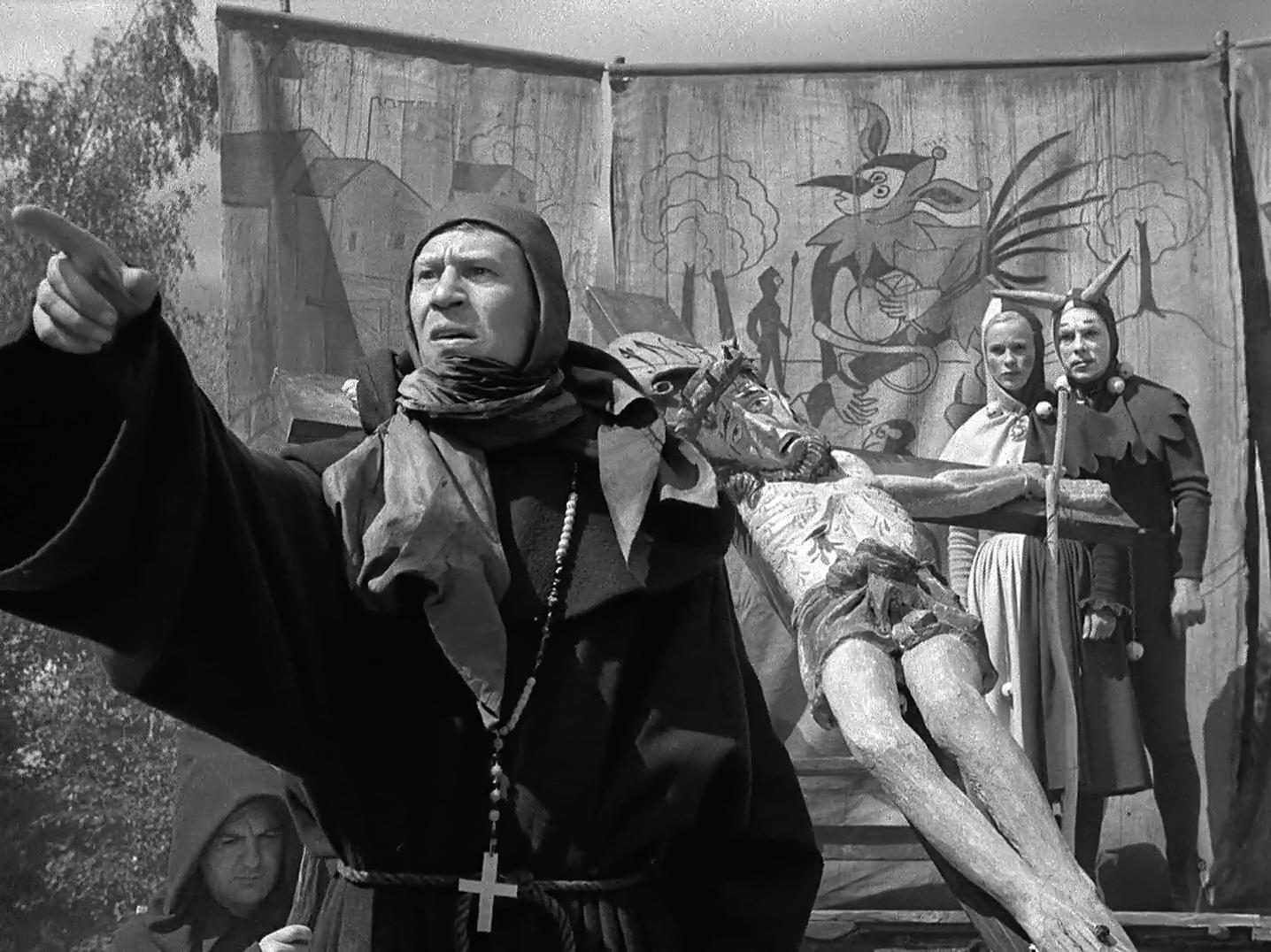 Bibi Andersson, Anders Ek, and Nils Poppe in Det sjunde inseglet (1957)