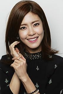 Yun-ji Lee Picture