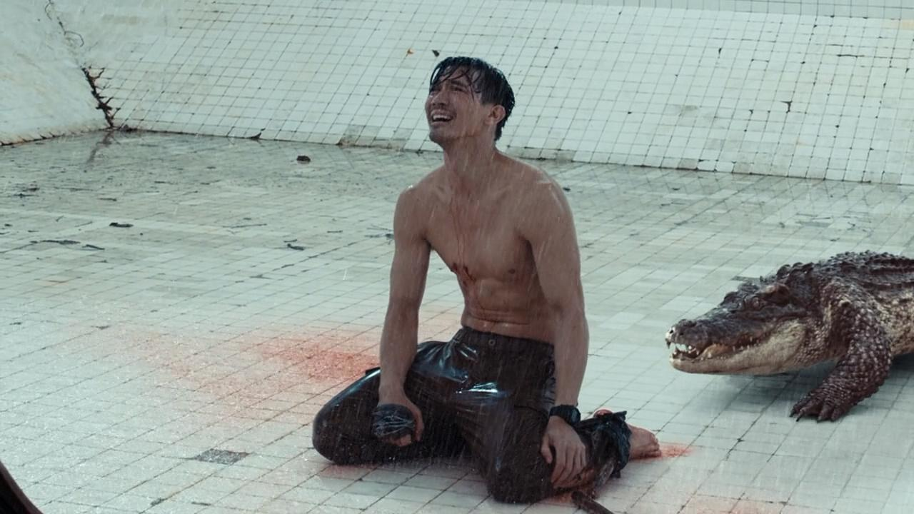 Theeradej Wongpuapan in The Pool (2018)