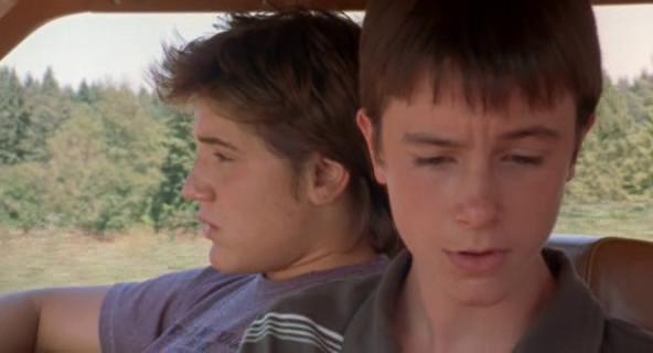 Ryan Kelley and Trevor Morgan in Mean Creek (2004)